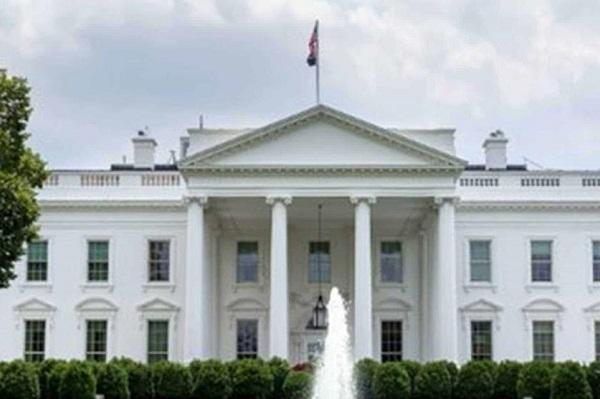Investigan posible trama de sobornos en la Casa Blanca